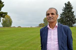 Josef Erdem är initiativtagare till den neutrala begravningsplatsen nära Stora Tuna kyrka.