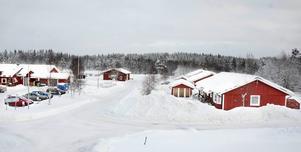 Hovsliden i Hackås är ett av de mest populära bostadsområdena för äldre i Bergs kommun. Här är kötiden flera år.