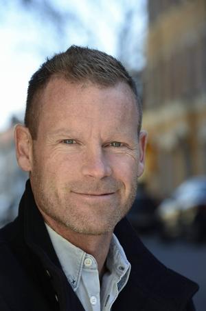 Komikern Mårten Andersson kommer till Östersund  17 oktober.