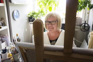 Lena Fredriksson planerar att hänga ut motiv av bland annat Petersvik och Spikarna nästa år.