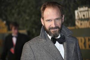 Ralph Fiennes har många strängar på sin lyra. I