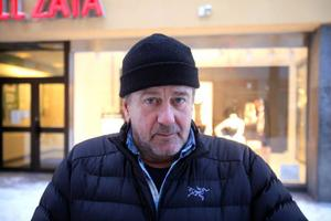 Karl-Åke Persson, Frösön.– Nej, jag tänker sällan på det. Jag är sällan inne i stan och ser reklamen.