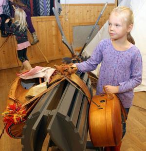 Lydia Lindman, Söderåsen, provade på att klövja renar.
