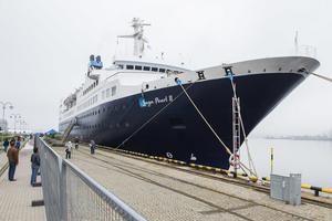 Saga Pearl II, ett kryssningsfartyg från Dover, besöker Örnsköldsviks hamn under sin 15-dagarskryssning i Östersjön och Bottenviken.