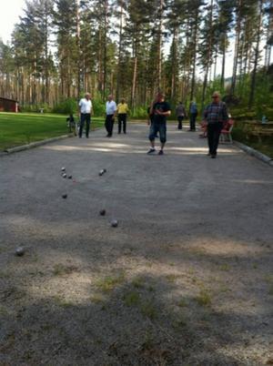 I Kårböle anordnades flera aktiviteter i samband med nationaldagsfirandet, bland annat boulespel.