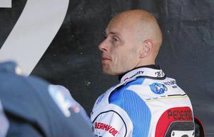 Bjarne Pedersen riskerar att missa Indianernas viktiga bortamöte med Rospiggarna.