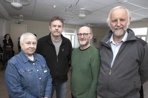 Nadja Eriksson, Mats Graaf, Arne Ludvigsson och Lars Weimers håller fast vid det gamla kravet på förbifart och tyckte sig få brett stöd för det vid vägmötet i Ludvika.