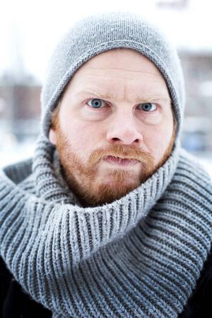 I påsk spelar Håkan Borgsten Emils pappa Anton, en sträv typ som inte alltid tar hem priset som snällaste pappan.