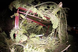 En busskur på Vasagatan i Falun blev totalförstörd av stormens härjningar.