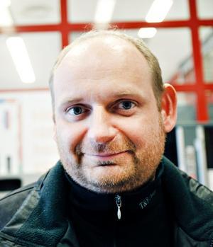 Mikael Wall, verktygsmakare, 40 år, Gävle.– De är inte ett föredöme för folk som de borde vara.