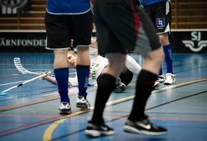 Nere för räkning. ÖSK och Simon Lindroos har det fortsatt tufft efter förlust mot Karlstad.