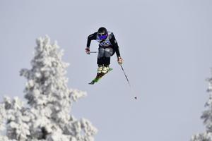 Victor Sticko flyger mot final.