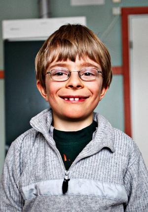 Marcus Hallman, 9 år, Aspås:– Ja. Det gör jag  ibland på fritids. Jag har nästan alltid bråttom iväg och jag hinner inte äta hemma.