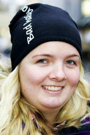 Caroline Lindqvist, 21 år, Torvalla:– Ja, det är gott. Jag äter det fyra gånger i veckan i alla fall. Fläskfilet är godast, och älgkött.