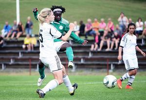 Tabita Chawinga gjorde tre mål mot Täby på lördagen.   Bilden är från förra helgens segermatch mot Djursholm.