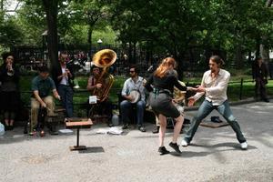 Dixieswing i Washington Square Park. På kvällarna spelar musikerna på klubbarna.  Foto: Steven Ekholm