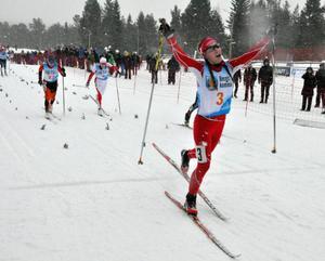 Johanna Hagström, Falköping, vann sprinten där Tua Dahlgren, Spikbodarna, spurtade till sig ett brons.