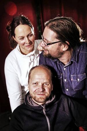 Emma Härdelin, Kjell-Erik Eriksson och Janne Strömstedt i Triakel.