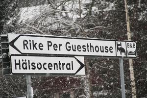 Skyltarna står kvar, men Rike Pers Guesthouse finns inte mer.