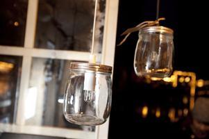 Finurligt återbruk. Läckra syltburkslampor av Emilia Ölander.