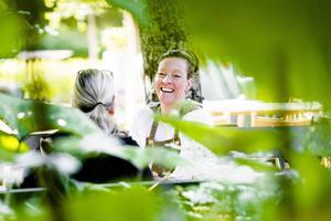Maria Bremefors har skapat en lummig oas mitt i köpingen.