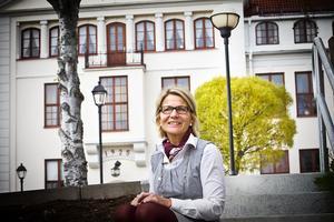 Lugnet har åter kommit till Stenhamreskolan, konstaterar Lena Jonasson som tillbakavisar uppgifter om rasistiska motsättningar bland eleverna.