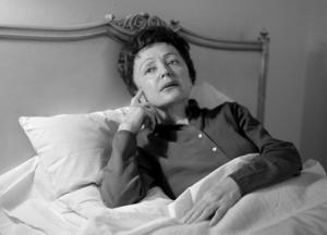 Edith Piaf porträtterad 1959. Arkivbild