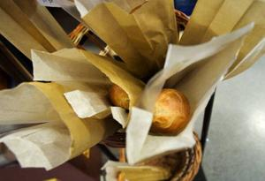 En baguette kan ha varit frusen i 175 dagar innan den bakas i butiken. Foto: Ulrika Andersson