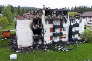 Förstört. Vid branden i Herrhagen förstördes nästan hela huset. I flera lägenheter bodde personer som saknade hemförsäkring. De får ingenting för sina förstörda möbler, elektronikpsylar och kläder.