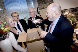 Företagarnas nuvarande ordförande Ann-Louise Kleen avtackade Svante W Nordh tillsammans med tidigare ordförandena Tomas Roslund och Ivan Andersson.