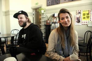Dennis Bertilsson och Lovisa Andersson har projektet Fri ihop. Debut-ep:n släpps förhoppningsvis i juni.
