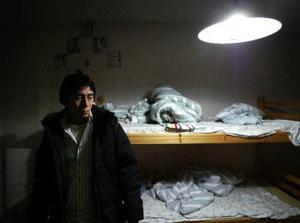 Abbas har för andra gången i sitt 18-åriga liv förlorat sin familj och den här gången också sin flickvän.