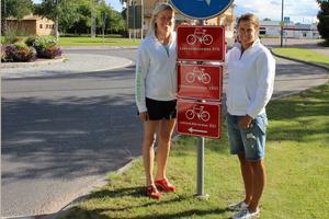 –Vi är jätteglada över att kommunen satsar på att skylta Leksandsrundorna. För personer som inte är så vana vid att cykla blir det lättare att våga sig ut om man vet att man hittar, säger Bodil Wilén och Erica Sterner, eldsjälarna bakom arrangemanget