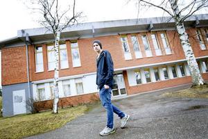 Samuel Hillman, ordförande i elevrådet på Milboskolan, är inte förvånad över att så många elever på skolan inte når målen.