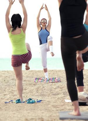 Allt fler väljer att träna på semestern.   Foto: Wallenrock/Shutterstock.com