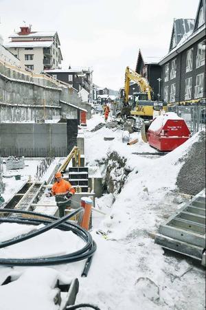En provisorisk väg ska byggas längs Årevägen för att underlätta för både bygge och allmänhet.