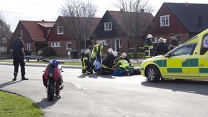 Mopedolyckan inträffade i korsningen mellan Floravägen och Planetvägen.
