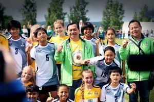 Storsjöcupen gästas av lag från hela världen, bland annat från Bangkok i Thailand.