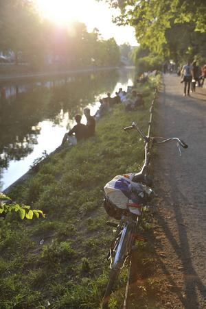 Landwehr-kanalen är ett av Berlins trevligaste promenadstråk.   Foto: Anders Pihl