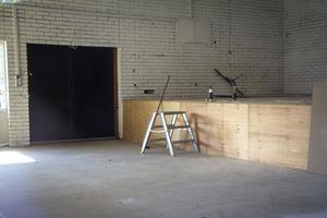 Renoveringen av Föreningarnas hus i Marma har kommit i gång.