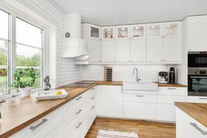I Gustafs finns denna villa med utsikt över Dalälven.