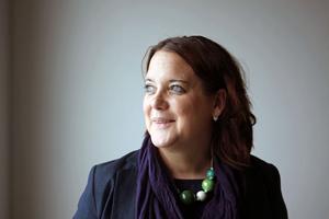 Vi vill att Försvarsmakten går in som delägare, säger Amanda Agestav (KD).