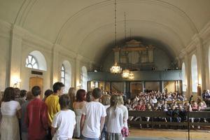 Kyrkan var i princip fullsatt.