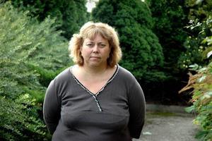"""KÄNSLIGT. Anna Schönning, ordförande i utbildnings- och kulturnämnden, konstaterar att byskolorna är en känslig och svår fråga för politikerna. """"Det är ett stort ansvar att fatta ett beslut om att ta bort en byskola"""", säger hon."""