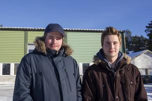 Kristoffer Pettersson och Marcus Hulén är två av de fyra eleverna från Bromangymnasiet som tagit sig till Yrkes SM finalen i Säffle.