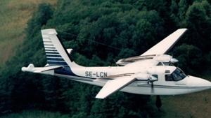 Ett flygplan av den typ som används vid lågflygningarna.