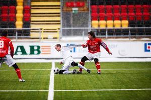 Britten Shaun Vipond  gjorde sin debut i ÖFK när man besegrade Anundsjö med 1–0 på Jämtraft Arena i lördags.