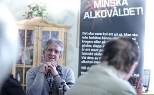 Lennart Adolphi missbrukade Amfetamin i trettio år. Nu är han drogfri sedan 3,5 år tillbaka. Han är tacksam över de möjligheter till behandling som finns i kommunen. - Det är enormt vilka resurser som finns här om man vill förändra sitt liv, säger han.