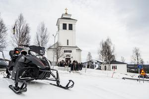 Brudparet ville visa upp en fin del av Sverige för de internationella gästerna och valde Tännäs för sitt bröllop.
