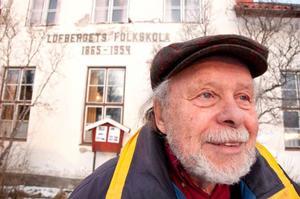 Anders Håkansta, ordförande i Brunflos hembygdsförening, var elev i början av 1950-talet i det gamla skolhuset på Lövberget.
